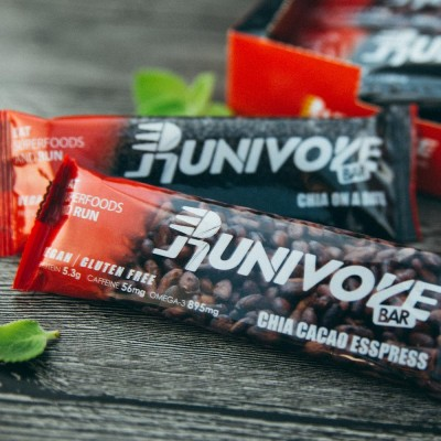 Runivore Mixed Bar Pack (6 Original and 6 Cacao Esspress Bars) – Chia On A Date or Chia Cacao Esspress? How about both!